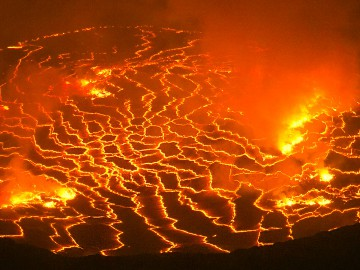 featured-Nyiragongo-Lava-Crater-1