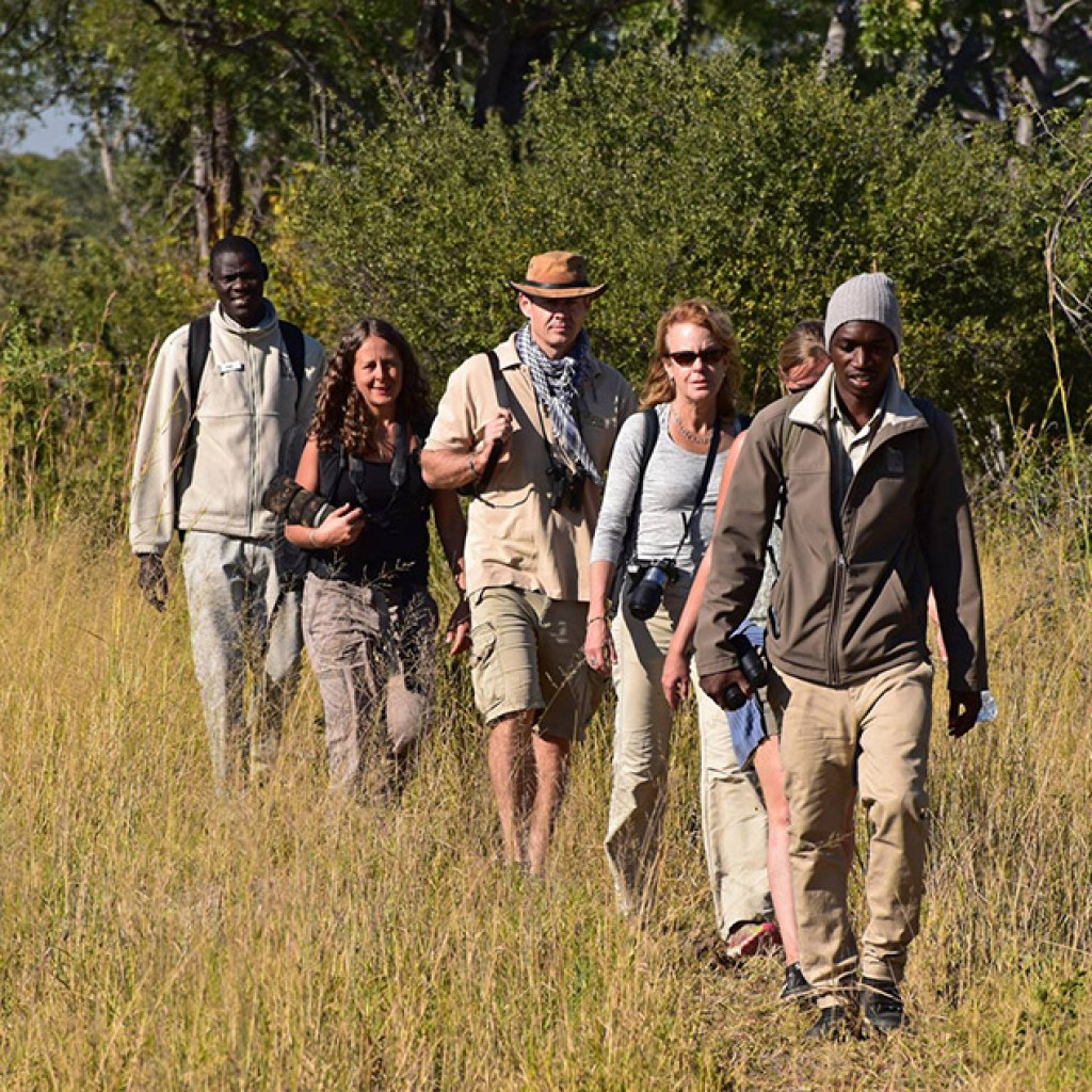 Walking safaris with Africa Geographic