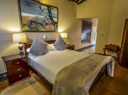 Nkorho Bush Lodge accommodation for photographic safari guests in Sabi Sands, Greater Kruger